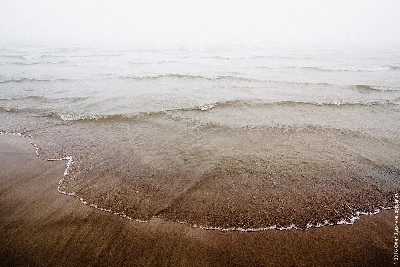 Пляж неподалёку от С-1.